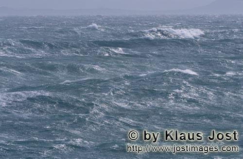 Southern tip of Africa        World of waves in the South Atlantic        The southern tip of Afr