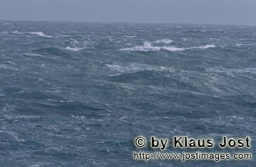 Southern tip of Africa        Raging sea at the southern tip of Africa        The southern tip of