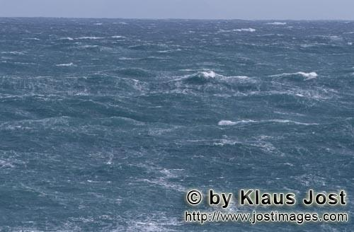 Southern tip of Africa        Turbulent sea        The southern tip of Africa is known for <b