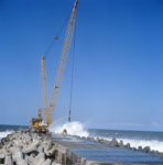 Placing dolosse on South Breakwater