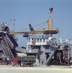 Bucket dredger Titan becam clear for action