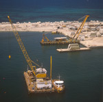 Crane barge to prepare the foundation surface